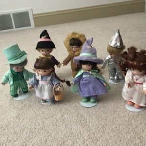 Retired Precious Moments Wizard of Oz Figures